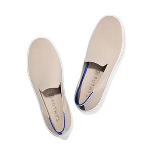 Rothys slip on women's size 10 color sand